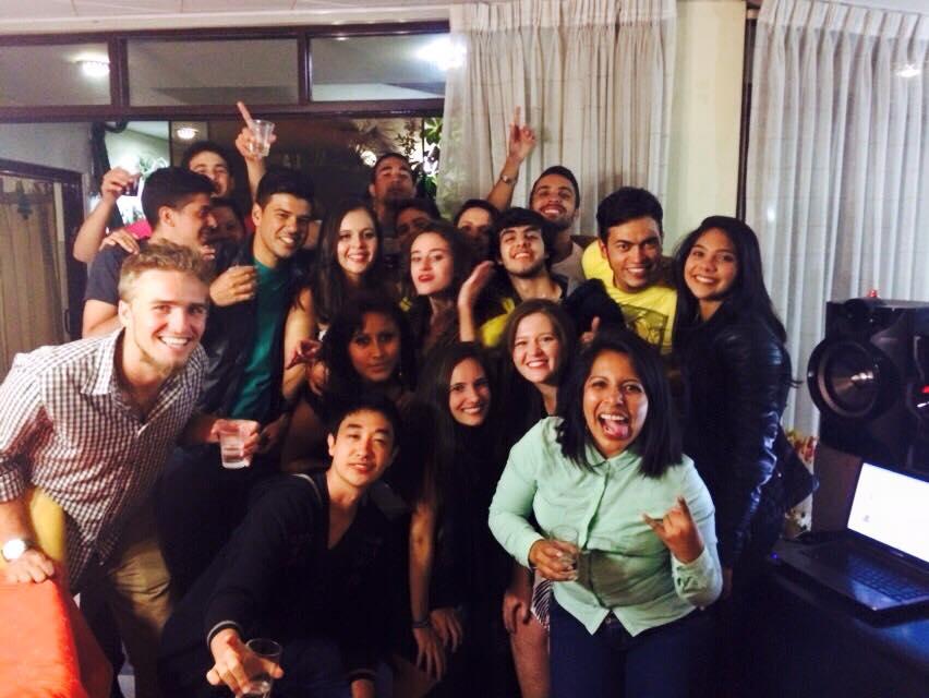 Brasileiros acolhidos por Peruanos em Arequipa.